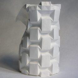 PortaLuppi - Serie di tassellazioni origami ispirata alla porta di metallo progettata da Piero Portaluppi per la veranda di Villa Necchi Campiglio.